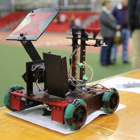 Lindbergh Robotics Teams Rock Rookie Seasons